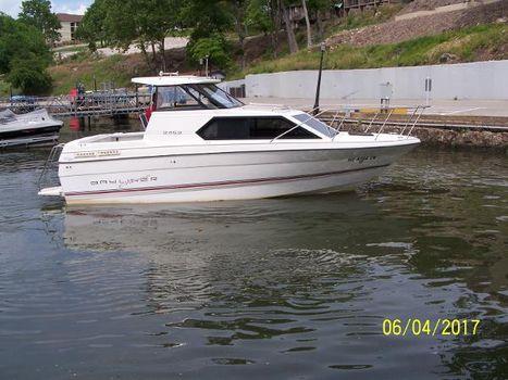 1992 Bayliner 2452 Classic Cruiser Profile