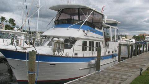 1986 Marine Trader Cockpit Motor Yacht Marine Trader 44 Sundeck