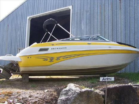 2003 Crownline 230 BR