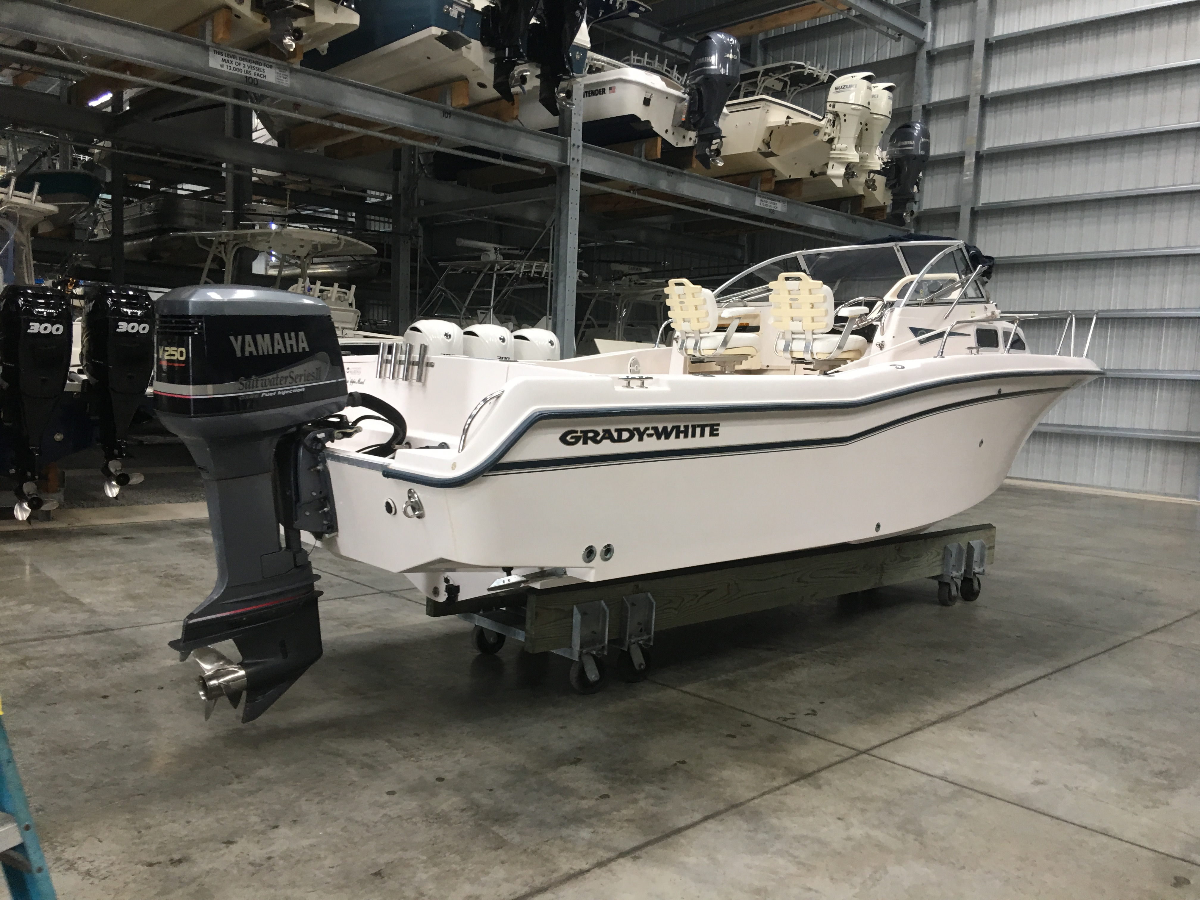 Super Check Out This 2001 Grady White Voyager 248 On Boattrader Com Uwap Interior Chair Design Uwaporg
