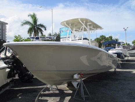 2017 Nautic Star 2602 Legacy CC