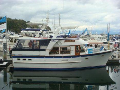 1982 De Fever Offshore Cruiser 44' DeFever starboard profile