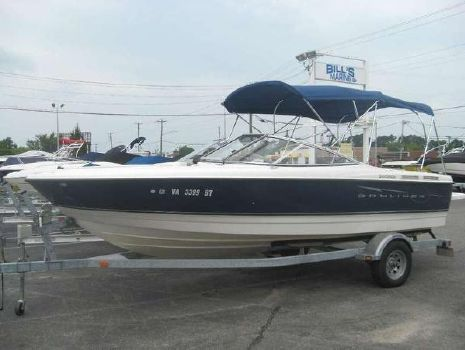 2009 Bayliner Discovery 215