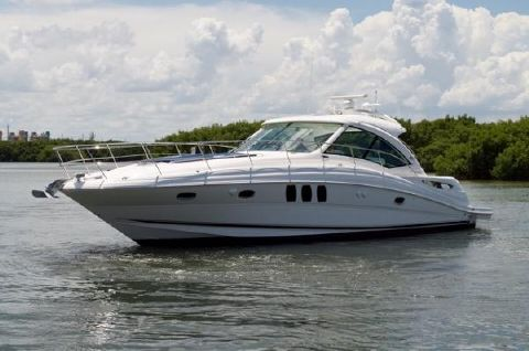 2010 Sea Ray 500 Sundancer Profile