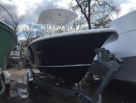 2016 Sea Hunt Triton 225