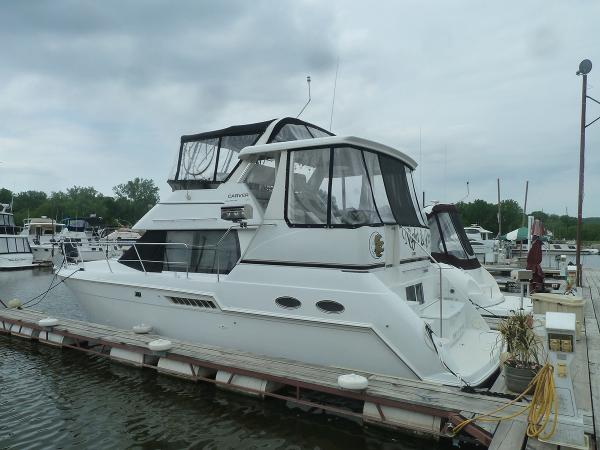 2000 carver yachts 356 motor yacht 35 foot 2000 carver for Used boat motors mn