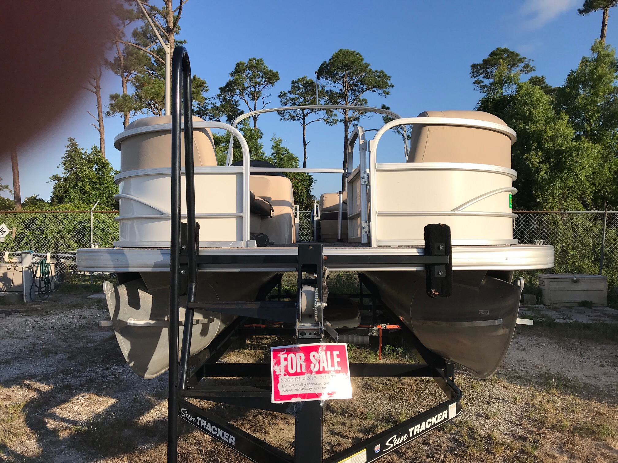 Check out this 2016 SUN TRACKER 24DLX on Boattrader com