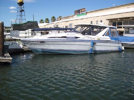 1989 Bayliner 3415 Avanti Sunbridge