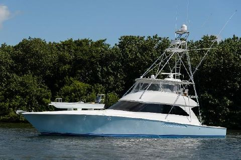 2005 Viking Yachts Convertible