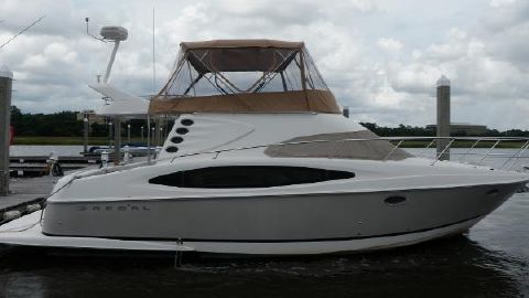 2005 Regal 3880 Fly Bridge Starboard Profile