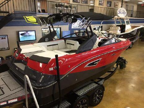 2017 Sea Ray SLW 230