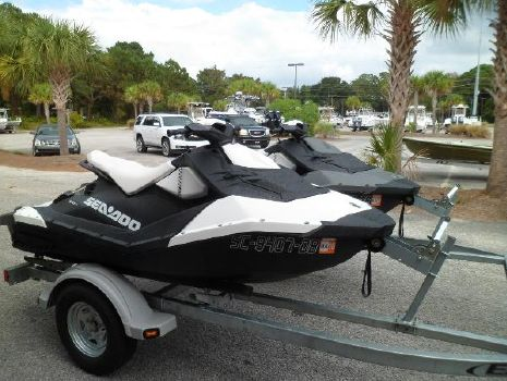 2015 Sea-Doo Spark STARBOARD ON TRAILER
