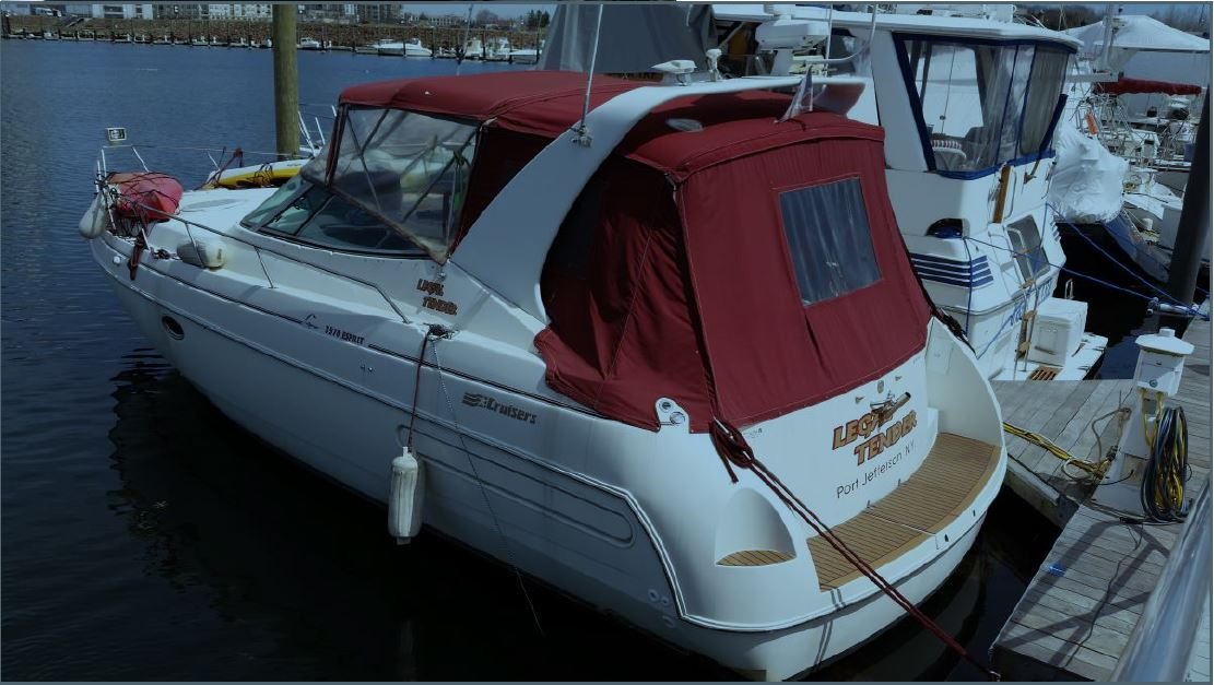 Check Out This 1996 Cruisers Yachts 3570 Esprit On Boattrader Com