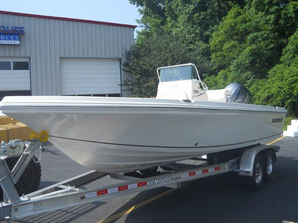 2016 Sailfish 2100 Bay Boat