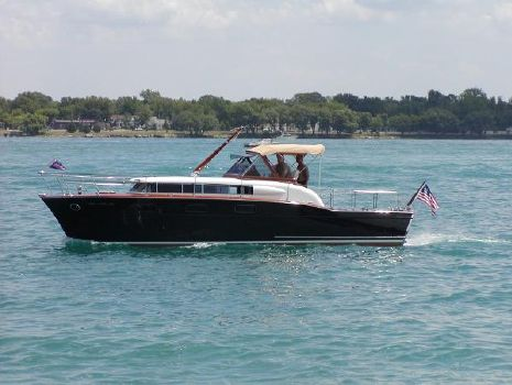 1957 CHRIS - CRAFT 33 Futura