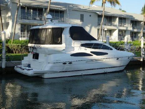 2003 Cruisers 405 Express Motoryacht