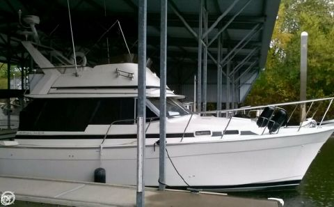 1985 Bayliner 3270 Motoryacht 1985 Bayliner 3270 Motor Yacht for sale in Sacramento, CA