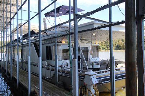 2005 Fantasy Houseboat 80x18