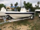 2017 NAUTICSTAR 1910 BAY WITH LEANING POST