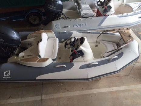 2016 Zodiac Yachtline 340