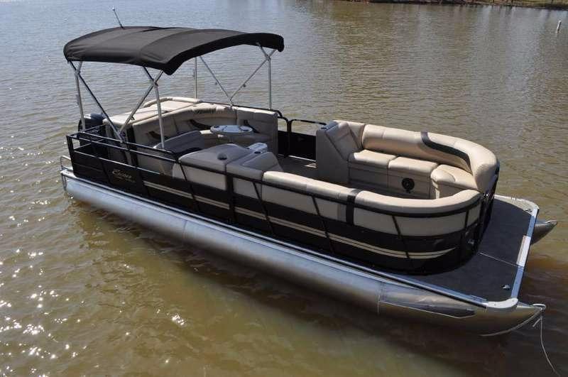 2016 Encore Boat Builders 243 Cruise SE