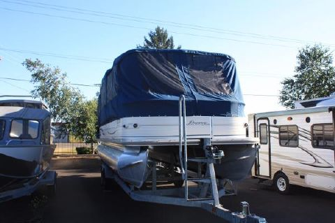 2007 Sun Tracker Party Barge 27 I/O