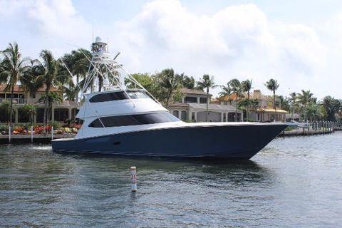 2012 Viking 82 Convertible Profile