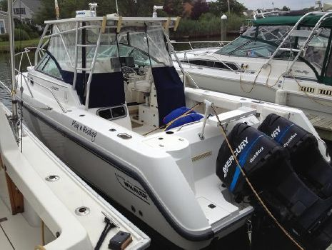 2000 Boston Whaler 28 Conquest