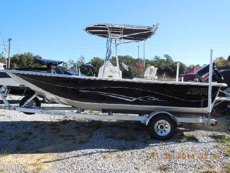 2015 Carolina Skiff 218 DLV