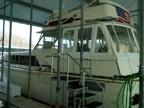 1979 Chris-Craft 410 Motor Yacht 410 Chris Craft Motor Yacht 1979