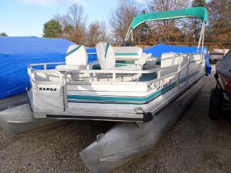 1993 Sun Tracker 21 Party Barge