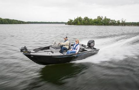 2017 CRESTLINER 1650 Discovery Side Console