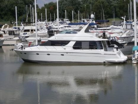 2001 Carver Pilothouse Voyager