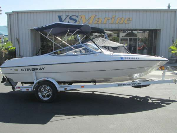 2004 Stingray 180 RS