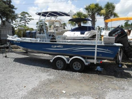 2013 BLUE WAVE 2400 Bay CC