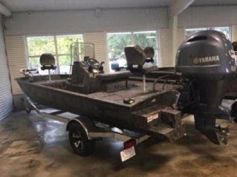 2016 Xpress Boats SW20B