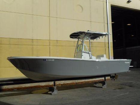 1988 Mako 236