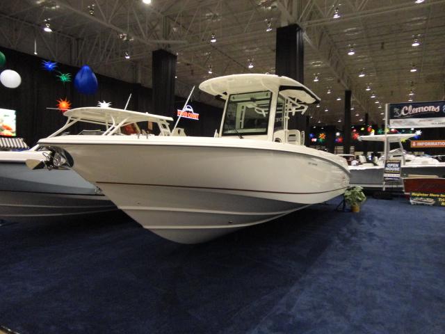 2014 Boston Whaler Outrage 320