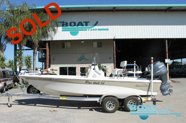 2011 NAUTIC STAR 2110 TE
