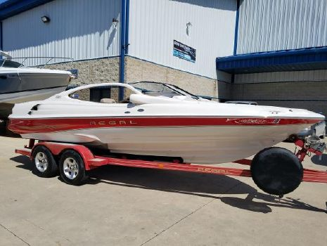 2002 REGAL 2100 LSR Bowrider