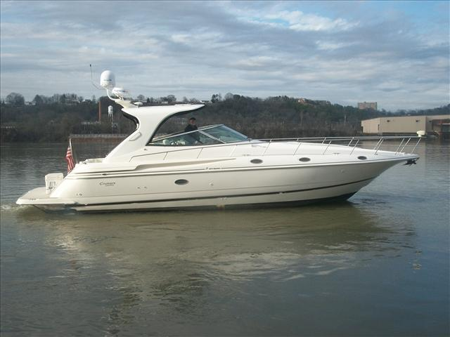 2003 Cruisers 4270 Express