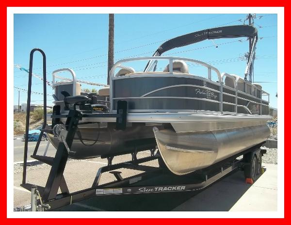 Check out this 2016 SUN TRACKER 22 Fishin Barge on Boattrader com