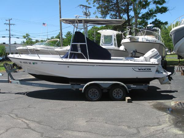 Check out this 1997 BOSTON WHALER Outrage 20 on Boattrader com