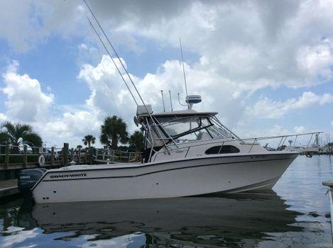 2004 Grady-White 300 Marlin