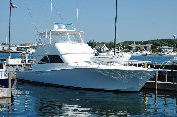 2004 Viking Yachts 56 Convertible