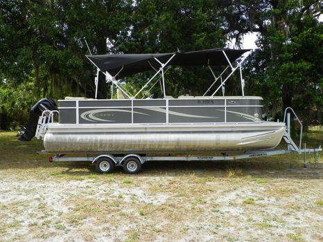 2012 Crest Pontoon Boats 230 CREST II