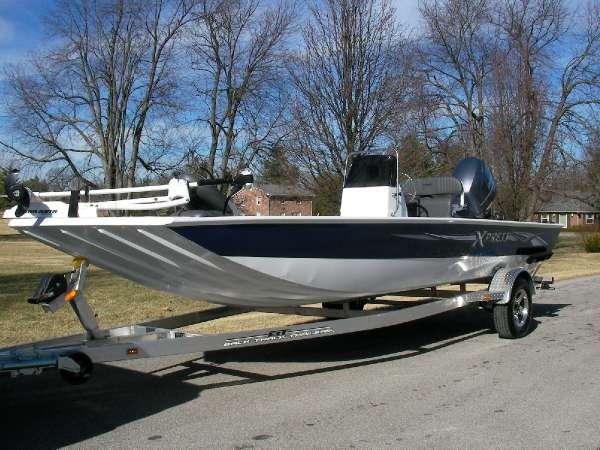 2014 Xpress XP 20 CC Bay Boat
