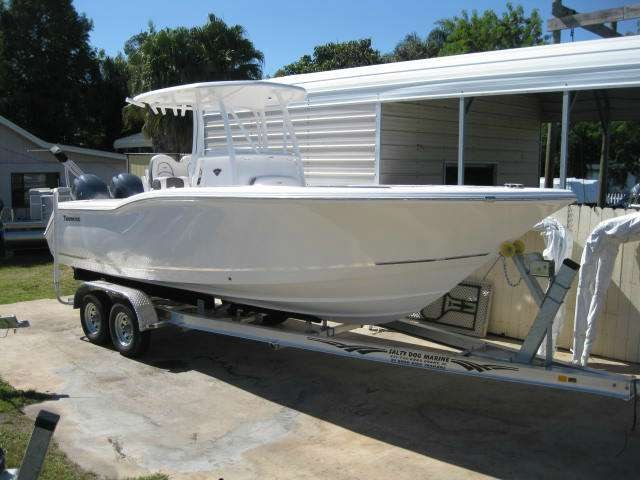 2015 TIDEWATER BOATS 250CC Adventure