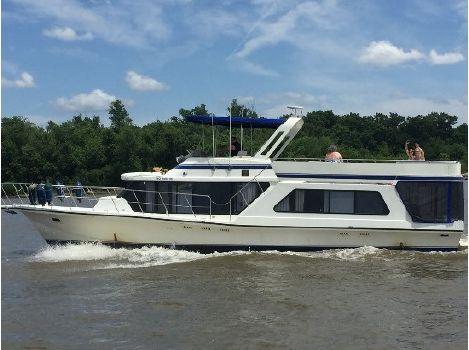1986 Bluewater Yachts Coastal Cruiser