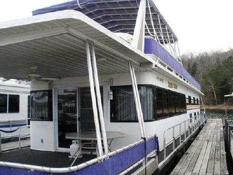 2005 Majestic 16 x 80 Houseboat